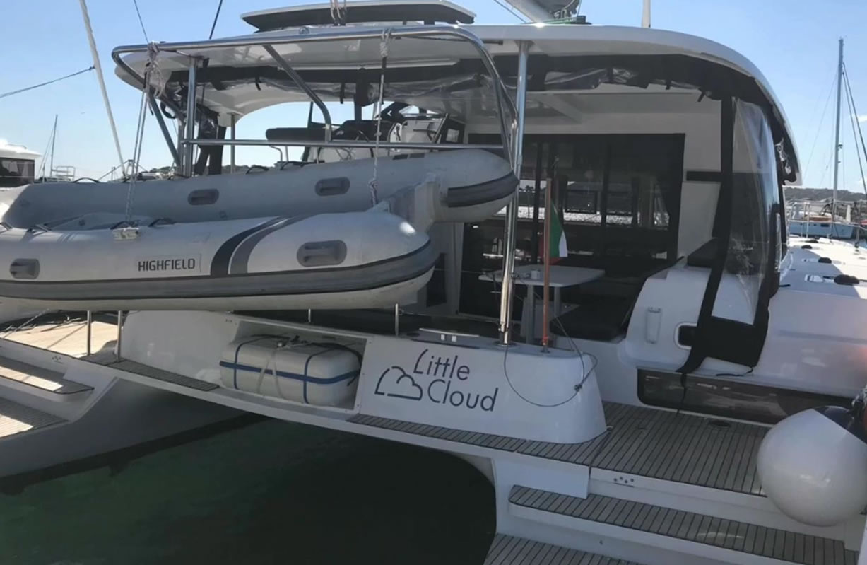 Lagoon 42 (Little Colud)